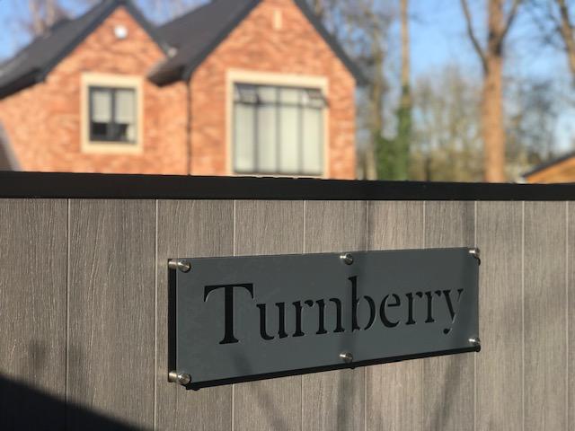 Aluminium-Bespoke-house-sign