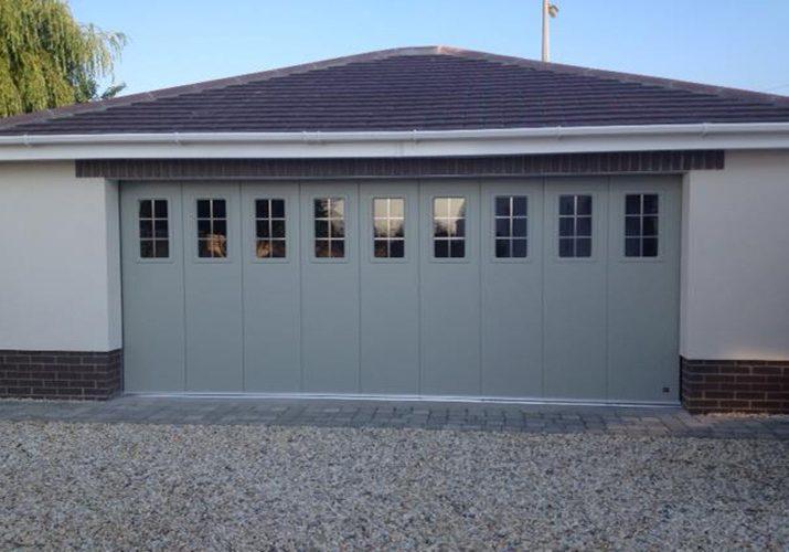 ryterna-garage-doors-side-sliding-glass-panels